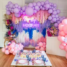 30 The Best New Years Party Decorations For Your Beautiful Moment - New Year marks the end of the previous year and the onset of the coming year. This day is celebrated all over the world with pomp and splendor. In gen. Balloon Garland, Balloon Decorations, Birthday Decorations, Birthday Party Themes, Diy Event Decorations, Recruitment Decorations, Disco Birthday Party, Colorful Birthday Party, Birthday Kids