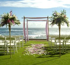 simple white with purple accents like these and green stuff at the bottom or green ribbons tying stuff together?