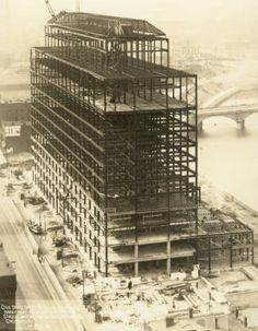 Construction of the Ohio State Office Building. Steel frame of the Ohio State Office Building in Columbus, Ohio, May 1, 1931. Originally the building was used for public assemblies and hearings, offices of state commissions and the State Library of Ohio. Currently, it houses the Supreme Court of Ohio.