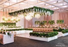 When it comes to decorating a venue draping can make all the difference. That's why we're so pleased to welcome @eventuredesign as the official Event Draping Sponsor of the #WedLuxeShow.