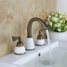 HelloBathtub Faucet Torneira Bathroom New Antique Brass 3 Pieces 2 Lever 96187 Deck Mounted Basin Sink Faucet,Mixers &Taps Bathroom Taps, Kitchen Taps, Shower Faucet, Bathroom Fixtures, Basin Sink, Sink Faucets, Mixer Taps, Led, Antique Brass