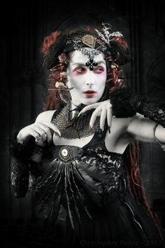 Eyerish Heather Collins in Dark Fusion Boutique gauntlets. Image by Christopher Perez