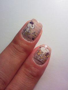 Japanese nail art. Snoopy.