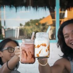 #Bali. We love Monday!! It's time to get those thick milkshakes from @CreameryBali to give some sweet start to this week. Don't forget every monday if you buy 1 milkshake you can get 1 more for free