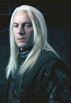 Jason Isaacs as Lucius Malfoy Harry Potter Characters, Harry Potter Universal, Harry Potter Movies, Harry Potter World, Hp Movies, Jason Isaacs, Voldemort, Hogwarts, Slytherin Pride