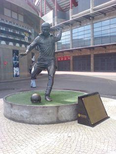 Eusebio Statue at Benfica Stadium