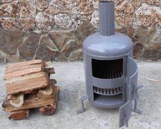 Diy Camping, Camping Stove, Gas Bottle Wood Burner, Rocket Stove Design, Diy Wood Stove, Outdoor Stove, Welding Jobs, Stove Fireplace, Rocket Stoves