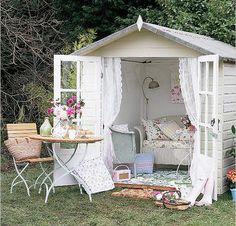 kleines Gartenhaus <3