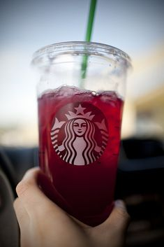 Raspberry passion tea lemonade from @Starbucks Loves #secretmenu . Trying it today!!!