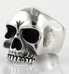 4f013c4a3ffac Been itching to buy a skull ring. I have no idea wh.