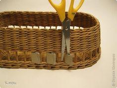 Поделка изделие Плетение МК корзинки с крышкой Бумага газетная Трубочки бумажные фото 11