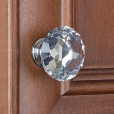 These gorgeous K-9 crystal diamond shape cabinet knobs offer a unique way to brighten up your kitchen bathroom cabinets and outdated furniture and bring a personal touch to your home.