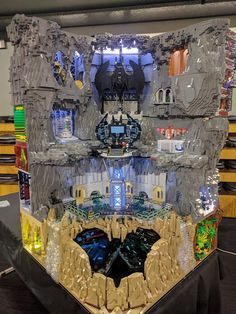 """My Batcave won """"Best in Show"""" at my local LUG Expo Today : lego"""
