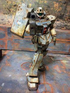 湾岸基地警備隊現地改修型ジムです。