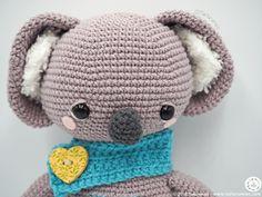 Pattern Free Amigurumi Koalas St. Valentine's Gina & Dante... Come to know us for our facebook and website. Patrón gratis Amigurumi Koalas San Valentín Gina y Dante... Pasa a conocernos por nuestro facebook y sitio web. https://www.tarturumies.com https://www.facebook.com/Tarturumies/