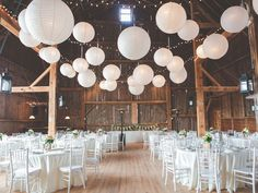This beautiful barn at The Fields on West Lake provided the perfect venue for this couple\'s homespun celebration.
