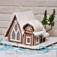 Купить Терем Деда Мороза - большой пряничный домик в интернет магазине на Ярмарке Мастеров