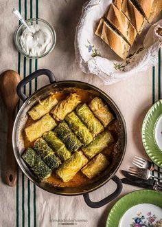 Receta fácil de rollitos de col rellenos de carne picada, al estilo ruso con trigo sarraceno y setas. Con fotos paso a paso y consejos.
