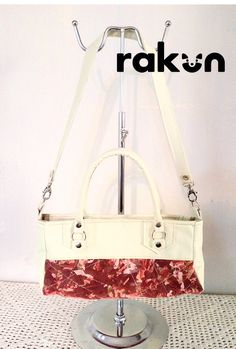 Cartera de mano en Eco cuero con detalles en Ecotex (tela realizada con desechos textiles) www.facebook.com/rakun.dt