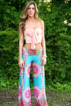 Turquoise Paisley Yoga Pants - www.thepaisleyrooster.com