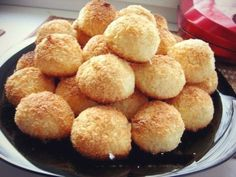TOP 5 Delicious and Useful Cookie Recipes Coconut Biscuits, Coconut Cookies, Yummy Cookies, Czech Recipes, Ethnic Recipes, Cookie Recipes, Snack Recipes, Good Food, Yummy Food