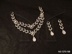 NS-1270-198 DOUBLE LAYERED IN CURVED HEART AD NECKLACE SET