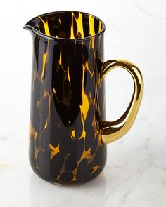 OSCAR DE LA RENTA Tortoise Pitcher $165 PICK UP OR SHIPS FREE (LOWEST PRICE GUARANTEED) Visit AGNELLINO'S - agnellinos.com