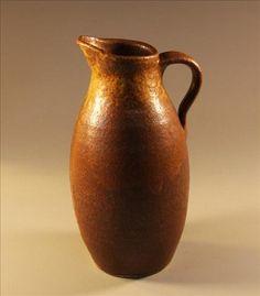 Stoneware pitcher - www.NitaClaise.com