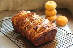 Caramelized Peach Pull-Apart Bread