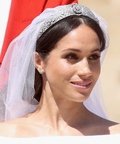 All the Deets Behind Meghan Markle's Wedding Makeup
