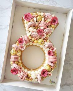 LARGE size custom made cake heart shape - Frudeco Bridal Shower Gifts For Bride, Bridal Shower Desserts, Unique Bridal Shower, Bridal Shower Cakes, Bridal Shower Party, Bridal Showers, Purple Wedding Cakes, Wedding Cakes With Flowers, Flower Cakes