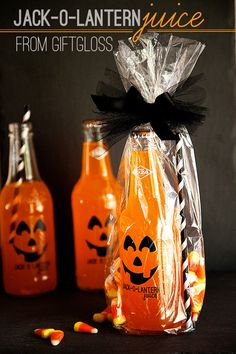 Jack-o-Lantern Juice Halloween Treat with GiftGloss #halloween #packaging #giftgiving