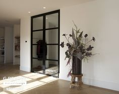 http://www.stalen-binnendeuren.nl/voorbeelden-stalen-deuren/3-dubbele-taatsdeuren-staal-zwaag