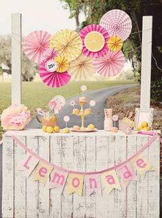 LEMONADE Name Business Fabric Banner Bunting by SpinningFeet First Birthday Parties, 2nd Birthday, First Birthdays, Birthday Ideas, Limonade Rose, Pink Lemonade Party, Lemon Party, Sunshine Birthday, Diy Papier