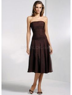 Classic Strapless A-line Pleated Bridesmaid Dress