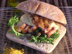Curry Italien La rencontre du poulet au curry et du pain ciabatta. - See more at: http://www.club-sandwich.net/recettes/curry-italien-330.php#sthash.txaciT0z.dpuf