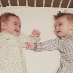 danneelackles512It's a twin thang!❤ #twinlife #weekendvibes