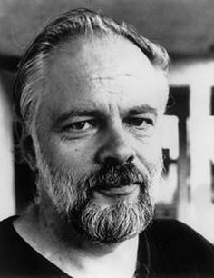 Philip Kindred Dick was an American novelist, short story writer and essayist… Sci Fi Authors, Science Fiction Authors, Michel De Montaigne, Blade Runner, Essayist, Story Writer, Writers And Poets, Portraits, Writers