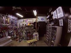 Visita breve a nuestra tienda de #Gandia #monduber #mondubershop #mondubergallery #scooter #skate #longboard #graffiti #aerografía #sprays #rotuladores Avda. Rep. Argentina,nº37 Gandía www.mondubershop.com