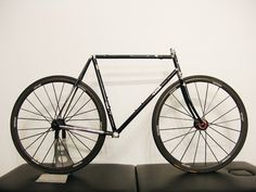 Always big fan of the look of the bike with no handlebar. Cinelli Supercorsa.