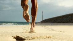 O que acha de partir pra uma corridinha na areia? São muitos os benefícios! Não só nos astral mas também pro corpo!  Se arrisque e fuja das pistas convencionais um pouco, coragem e parta pra areia! Um beijo grande, Fabi  Veja mais aqui: http://viver-light.com/2015/09/02/corrida-na-areia-fofa/