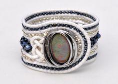Lederarmband mit tschechischen Kristallen und Perlen, Vintage Bracelet…