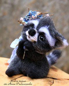 Cute Needle felted project wool animals raccoon(Via @anna_ribalchenko)