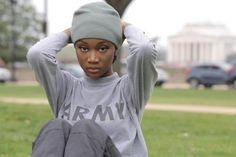 #интересное  26-летняя военнослужащая Дешона Барбер одержала победу (17 фото)   26-летняя американка Дешона Барбер (Deshauna Barber) одержала победу в национальном конкурсе красоты «Мисс США», финал которого прошел 5 июня в Лас-Вегасе. Девушка является дочерью отставного �