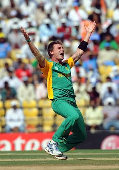 India had raced to 267 for 1 in the 40th over against South Africa, when Dale Steyn scripted the greatest comeback in one-day internationals. He took five wickets as India lost 9 for 29 and finished with only 296. South Africa won with two balls to spare.  #WorldCup2011 #Cricket