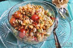 Receita de Salada de macarrão com lentilha especial em receitas de saladas, veja essa e outras receitas aqui!