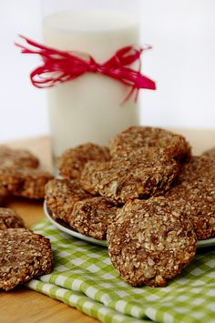 banana oatmeal cookies with almonds and coconut