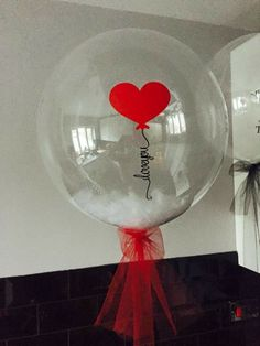Valentines Balloons, Birthday Balloons, Valentines Diy, Happy Birthday Colleague, Boy First Birthday, Bubble Balloons, Giant Balloons, Balloon Flowers, Balloon Bouquet