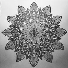 #mandala #zentangle #art #zenart #arttherapy #artoftheday #artspotlight #doodle #doodling #doodleart #mandalatattoo #mandalamaze #mywork #myvision #geometry #symmetry #sacredgeometry #handdrawn #design #pattern #doodlegalaxy #featureuniverse #markerart #beautiful_mandalas
