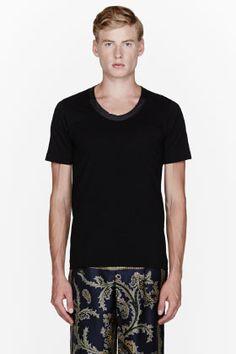 Sacai Black Glossy-collared T-shirt for men | SSENSE